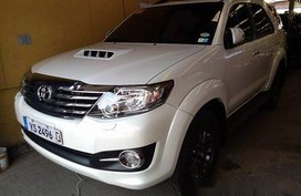 Selling White Toyota Fortuner 2016 for sale in Automatic
