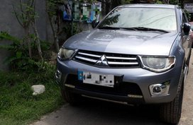 Selling 2nd Hand Mitsubishi Strada 2014 in Davao City