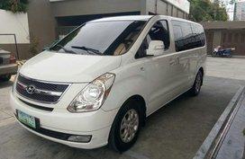 Selling 2nd Hand Hyundai Starex 2012 in Las Piñas