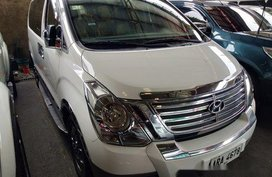 Selling White Hyundai Grand Starex 2015 for sale in Automatic