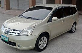 2nd Hand Nissan Grand Livina 2008 Automatic Gasoline for sale in Rosario