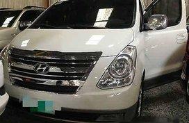 White Hyundai Grand Starex 2010 for sale in Manual