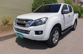 2nd Hand Isuzu D-Max 2014 Manual Diesel for sale in Talisay