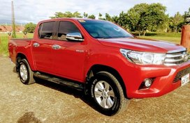 Sell 2nd Hand 2016 Toyota Hilux Automatic Diesel at 33000 km in Davao City