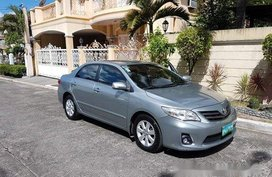Selling Silver Toyota Corolla Altis 2013 at 86000 km for sale