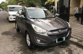 Selling Grey Hyundai Tucson 2010 for sale in Automatic
