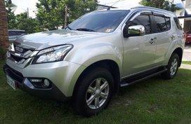 Selling Isuzu Mu-X 2017 Automatic Diesel in Santa Rosa