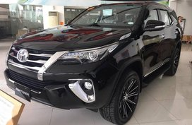 Sell 2019 Toyota Fortuner Automatic Diesel at 10000 km in Manila