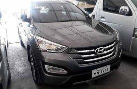 Selling Grey Hyundai Santa Fe 2015 at 84633 km
