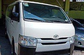 Sell White 2015 Toyota Hiace in General Salipada K. Pendatun