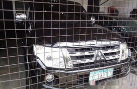 Selling Mitsubishi Pajero 2013 Automatic Gasoline in Quezon City