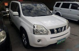 Selling White Nissan X-Trail 2011 Automatic Gasoline at 64966 km