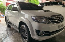 Selling White Toyota Fortuner 2016 Manual Diesel at 13100 km in Quezon City