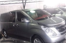 Gold Hyundai Starex 2015 at 30000 km for sale