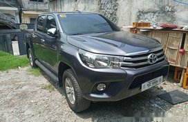 Selling Grey Toyota Hilux 2016 in Taguig