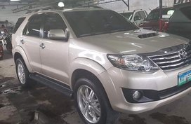 Selling Toyota Fortuner 2014 Automatic Diesel in Quezon City