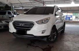 Selling Hyundai Tucson 2015 Automatic Diesel in Makati