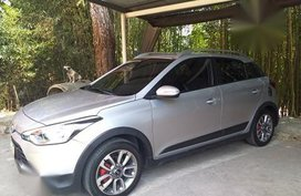 Selling 2nd Hand Hyundai I20 cross sport 2016 in Tuba