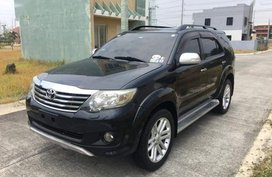 Selling Toyota Fortuner 2012 Automatic Diesel in Imus