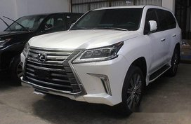 Selling White Lexus Lx 570 2018 for sale