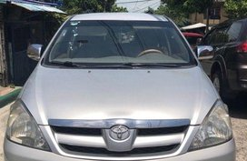 Selling 2nd Hand Toyota Innova 2008 Automatic Gasoline at 100000 km in Quezon City