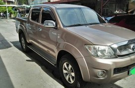 2nd Hand Toyota Hilux 2010 for sale in Imus