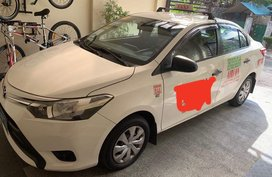 Sell 2nd Hand White Toyota Vios 2013 in Quezon City