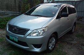 Selling Toyota Innova 2012 at 90000 km in San Juan