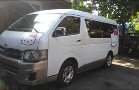 Selling Toyota Hiace 2012 Manual Diesel in Quezon City