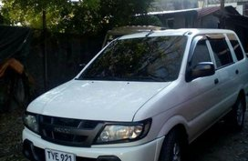 2nd Hand Isuzu Crosswind 2005 for sale in Navotas