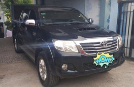 Selling Black Toyota Hilux 2012 for sale in Manual