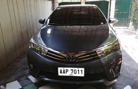 Selling 2nd Hand Toyota Altis 2015 for sale in Biñan