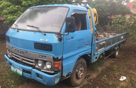 Selling Isuzu Elf 1990 Manual Diesel in Lipa