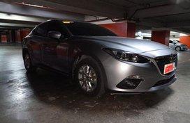 Selling 2nd Hand Mazda 3 2015 Sedan at 27000 km in Makati