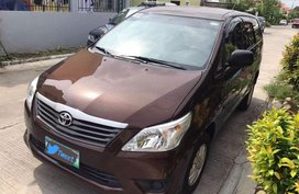 2nd Hand Toyota Innova 2014 at 33000 km for sale