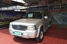 Sell Silver 2005 Ford Everest at 40000 km in Parañaque