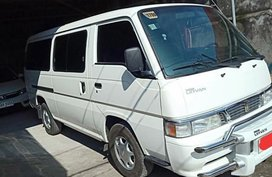 Selling Nissan Urvan 2015 Manual Diesel in Cabuyao
