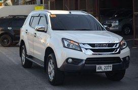 2nd Hand Isuzu Mu-X 2015 Automatic Diesel for sale in San Fernando