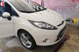 Selling 2nd Hand Ford Fiesta 2012 in Bacoor