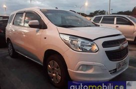 Sell White 2015 Chevrolet Spin at 80000 km in Las Piñas