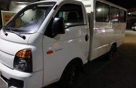 2nd Hand Hyundai H-100 2016 at 99530 km for sale