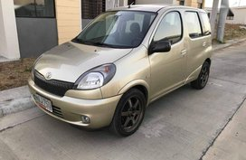 Selling 2nd Hand Toyota Echo Verso 2000 in Malabon