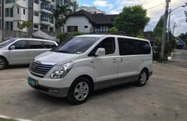 Sell Used 2014 Hyundai Grand Starex in Quezon City