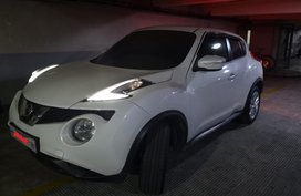Selling 2016 Nissan Juke Automatic White at 9000 km