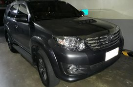 Selling 2nd Hand 2015 Toyota Fortuner Automatic at 12000 km