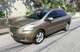Selling 2nd Hand Beige 2010 Toyota Vios Automatic