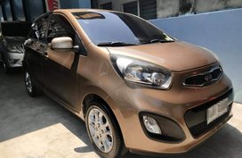 Selling Hatchback Brown 2014 Kia Picanto Automatic