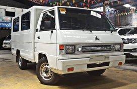 White 2017 Mitsubishi L300 at 25000 km for sale