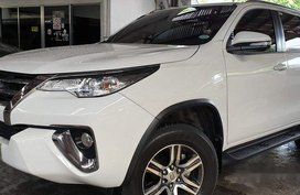 White Toyota Fortuner 2017 Automatic Diesel for sale in Quezon City