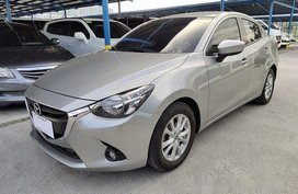 Selling Mazda 2 2016 Automatic Gasoline at 23000 km